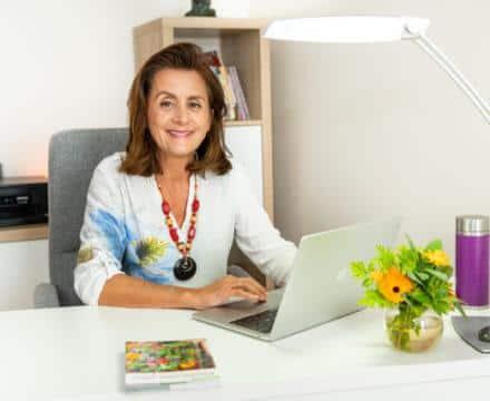 Nathalie Peaucelle : «Nous avons fondé l'association Air'Elles pour constituer un réseau solidaire de naturopathes.»